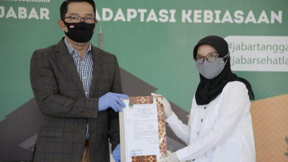 Gubernur Jabar Keluarkan SK Penugasan 1.461 Guru Non-PNS Bersertifikat Pendidik