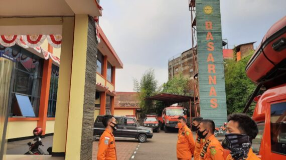 Seorang anak dilaporkan Tenggelam di Kali Muara Ciasem Kab Subang, Basarnas Bandung Lakukan Pencarian
