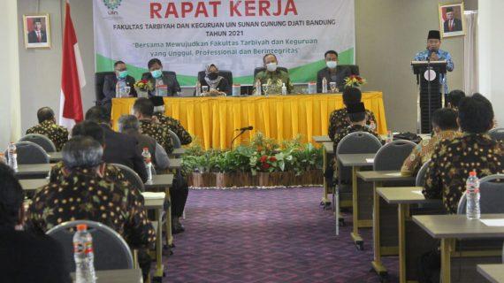 Gelar Raker, FTK UIN Bandung Angkat Pembahasan Tentang Meneguhkan Kembali Semangat Mendidik dengan Ilmu dan Hati